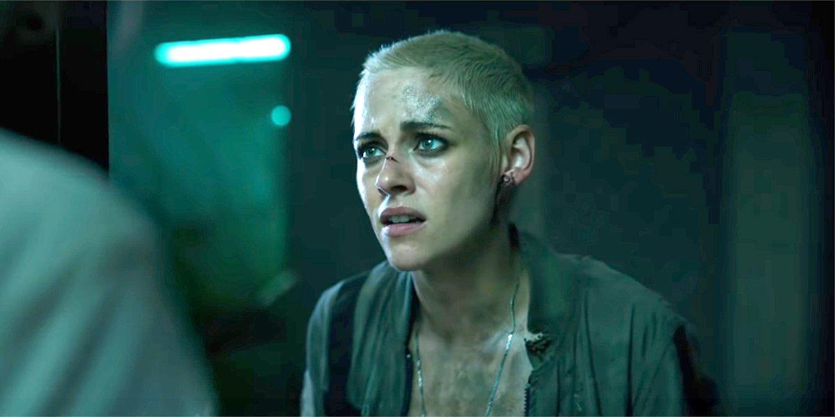 Kristen Stewart giving bad news in Underwater