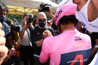 MILAN ITALY MAY 30 Egan Arley Bernal Gomez of Colombia and Team INEOS Grenadiers Pink Leader Jersey Sir Dave Brailsford of United Kingdom General Manager during the 104th Giro dItalia 2021 Stage 21 a 303km Individual Time Trial stage from Senago to Milano ITT UCIworldtour girodiitalia Giro on May 30 2021 in Milan Italy Photo by Gian Mattia DAlberto PoolGetty Images