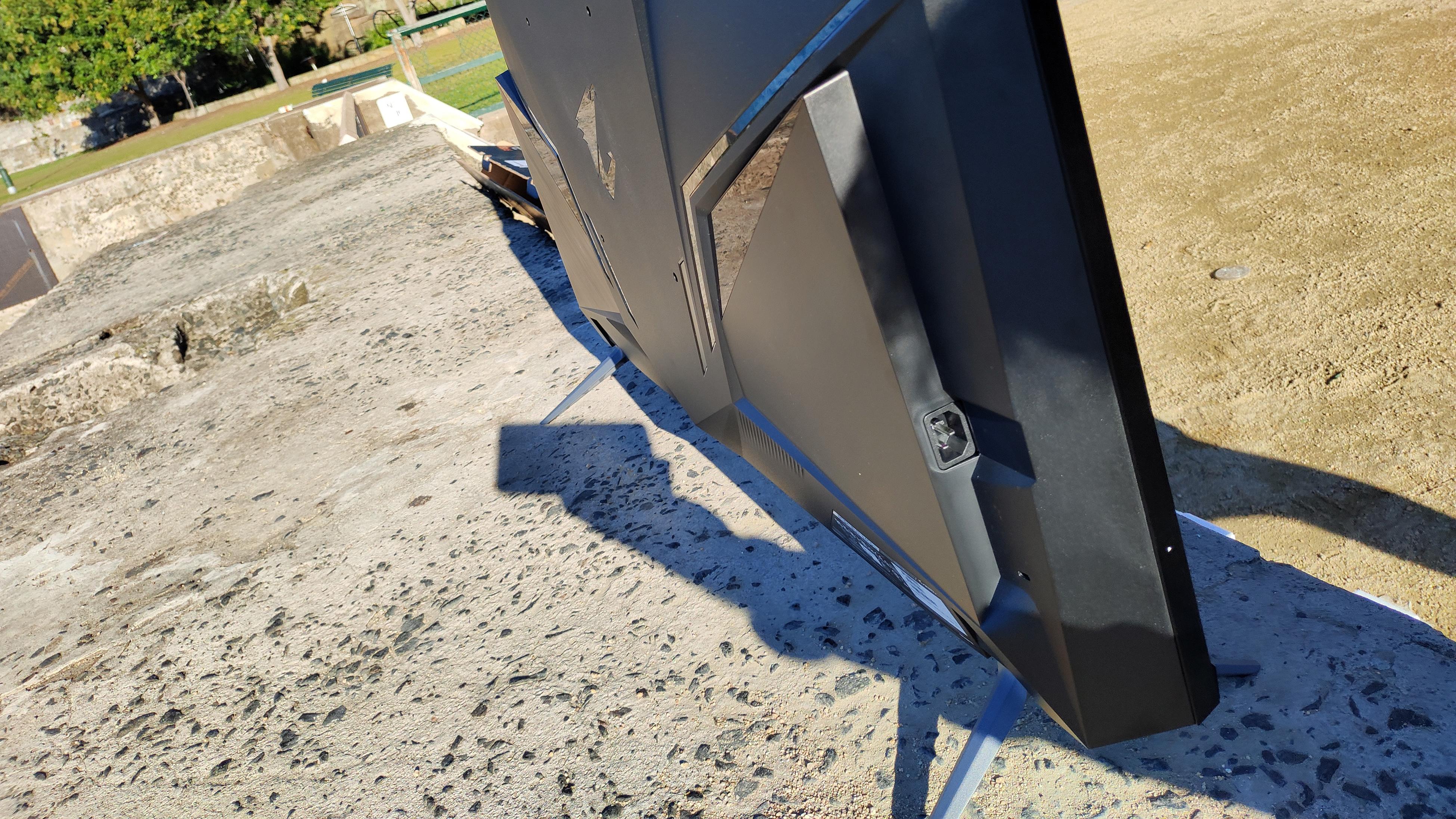 Aorus FV43U monitor side view