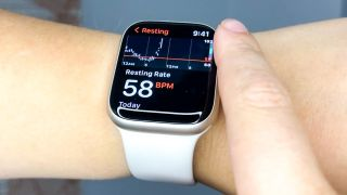 Apple Watch 7 heart rate monitor