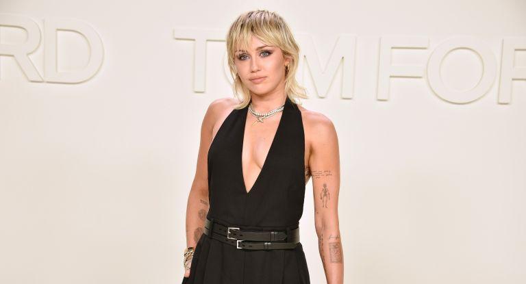 Miley Cyrus gucci wallpaper