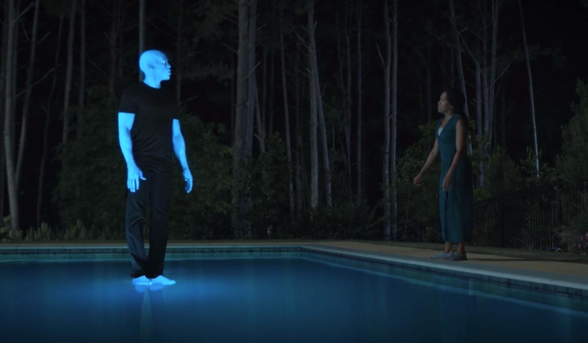 doctor manhattan walking on pool watchmen hbo