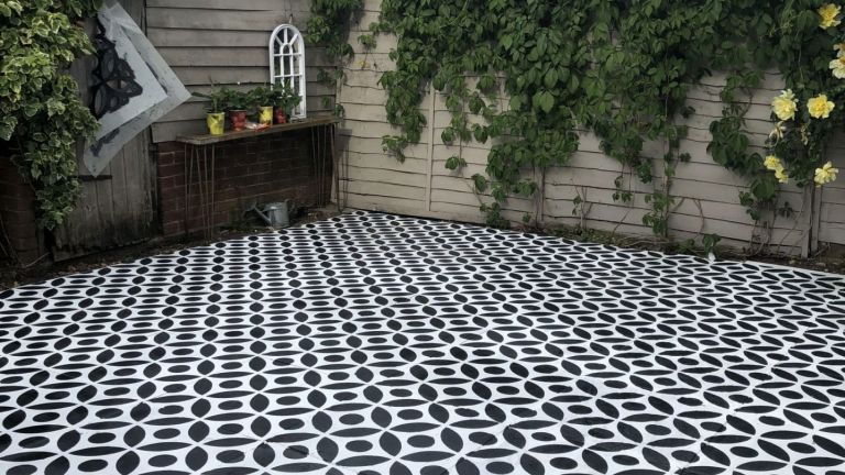 Masonry paint: @iamhayleystuart patio DIY