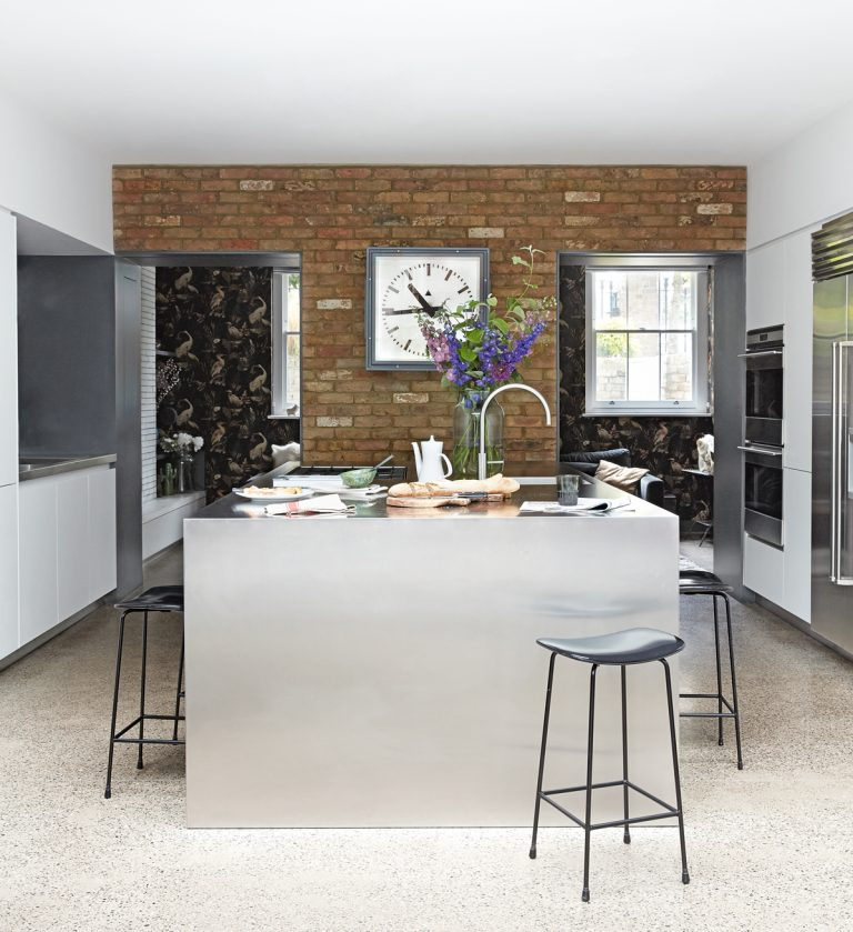 20 Ideas For Grey Kitchens Both: 20 Seriously Striking, Chic And Contemporary Grey Kitchen