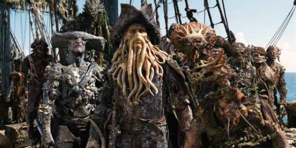 cursed pirate crew pirates of the caribbean