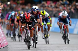 Caleb Ewan (Lotto Soudal) sprints to the win on stage 7 of the Giro d'Italia