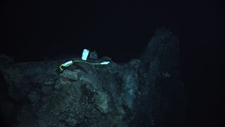 Hydrophone near the NW Rota-1 volcano