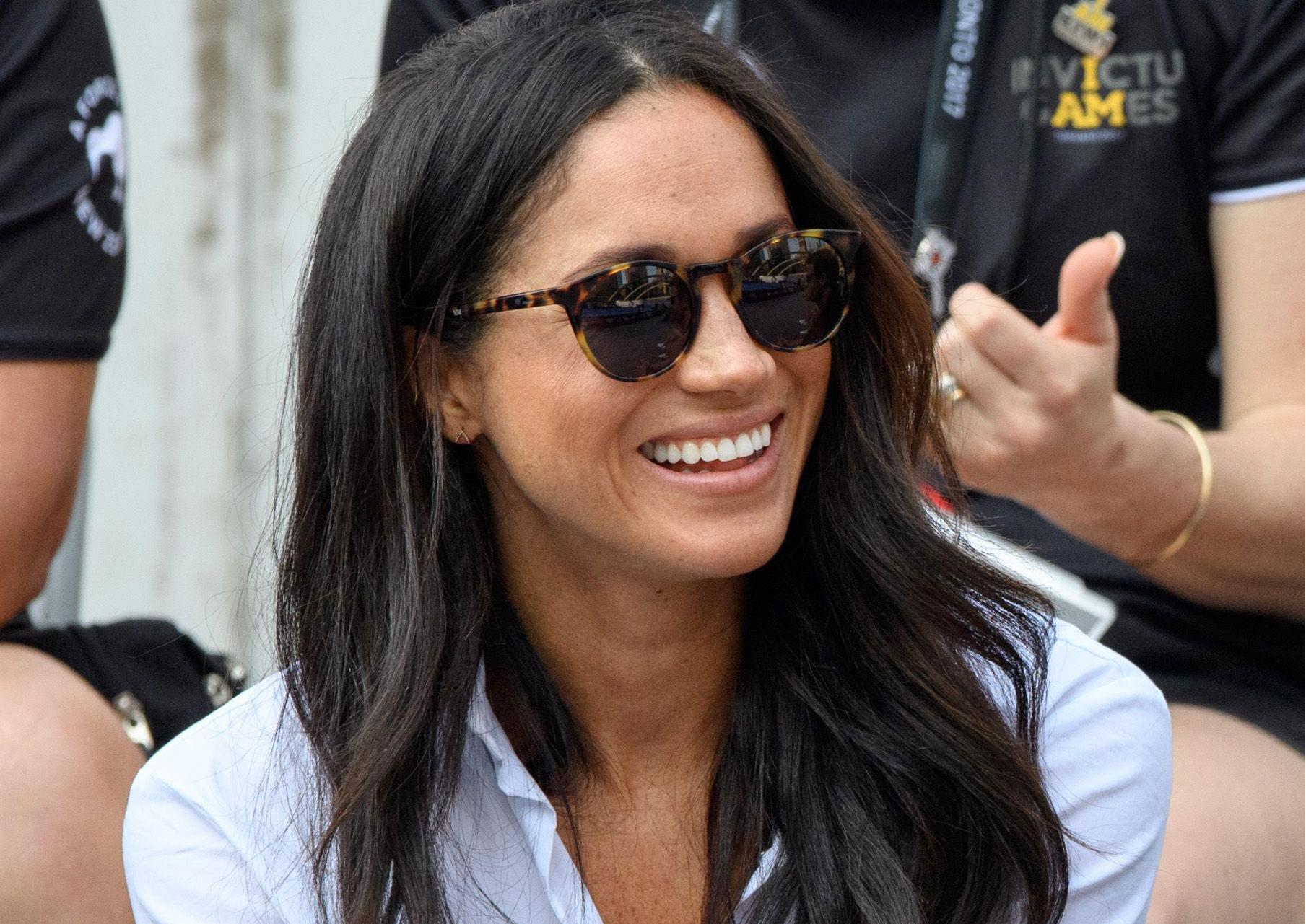 Meghan Markle S Tortoiseshell Sunglasses Are Back In Stock