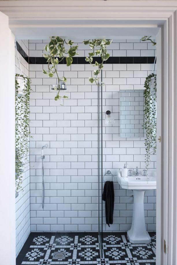 Modern Monochrome Bathroom Ideas: Black & White Bathroom ... on Monochromatic Bathroom Ideas  id=48982