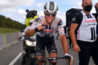 PLOUAY FRANCE AUGUST 25 Arrival Michael Matthews of Australia and Team Sunweb Celebration Soigneur during the 84th Bretagne Classic OuestFrance 2020 a 2478km race from Plouay to Plouay GrandPrixPlouay GPPlouay on August 25 2020 in Plouay France Photo by Luc ClaessenGetty Images