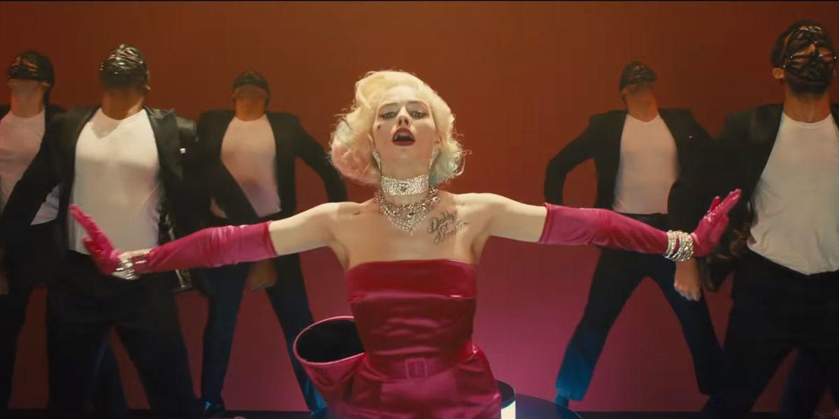 Margot Robbie channeling Marilyn Monroe in the Birds of Prey trailer