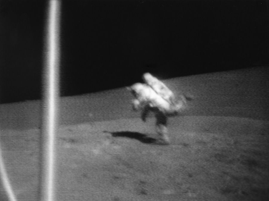 Falling On The Moon How Much Gravity Do Astronauts Really Need Space