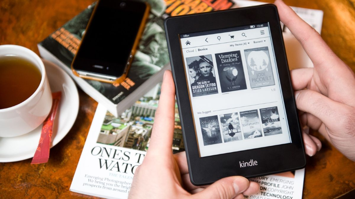 Amazon launches amazing new feature for kindles and fans claim it 'fills them with joy'