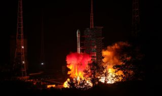 China's Chang'e 4 Moon Mission Lifts Off