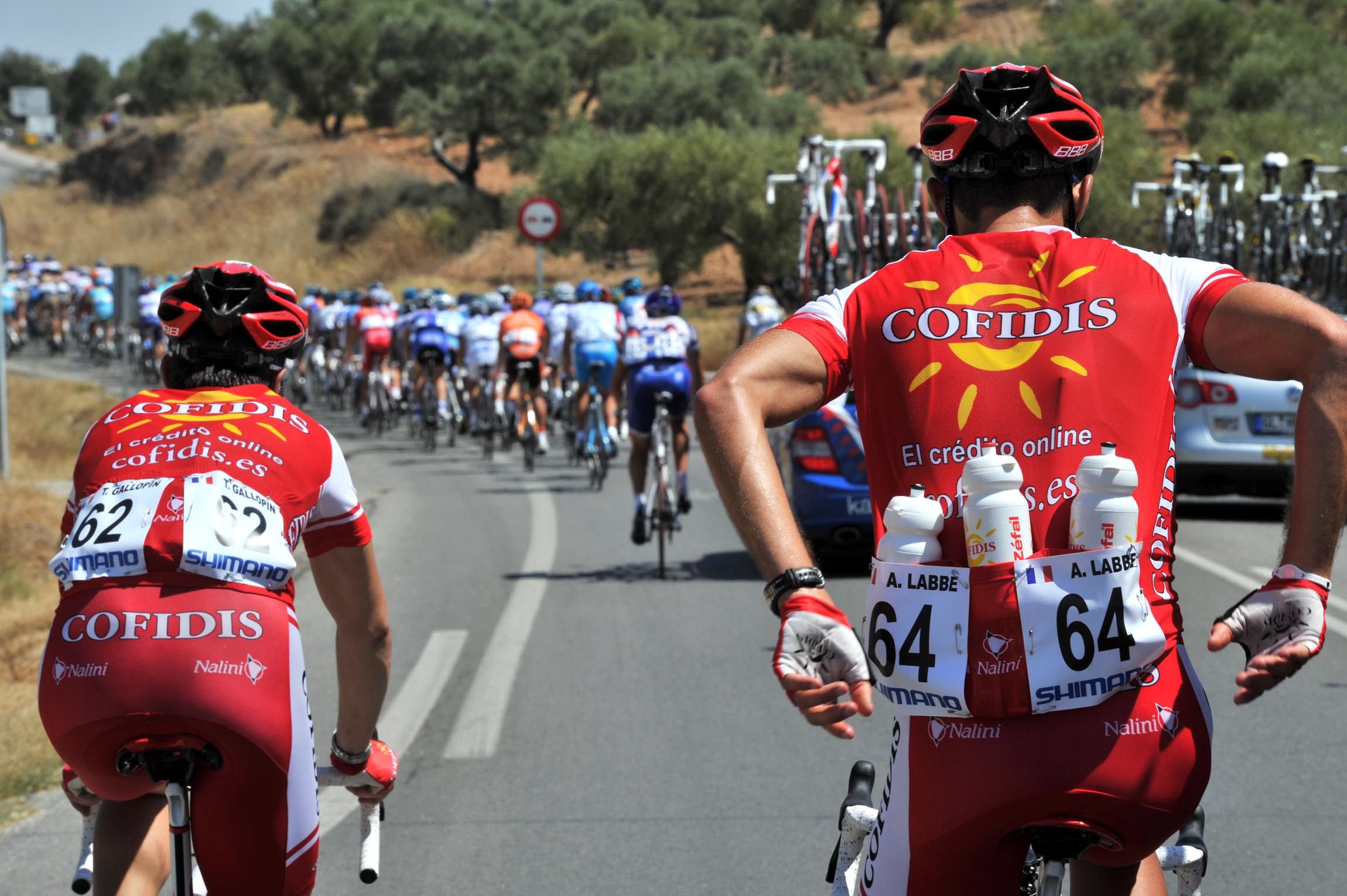 Get the bottles, Vuelta a Espana 2010, stage two
