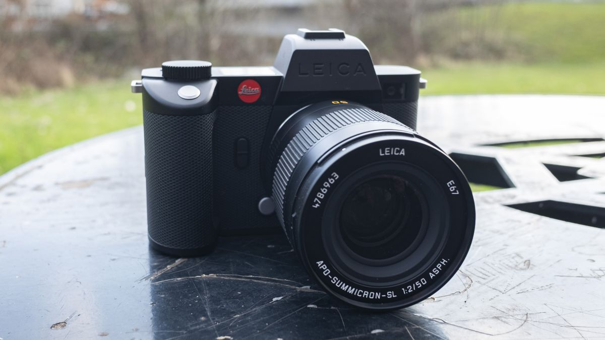 Leica SL2-S review