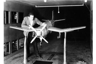 model airplane, wind tunnels