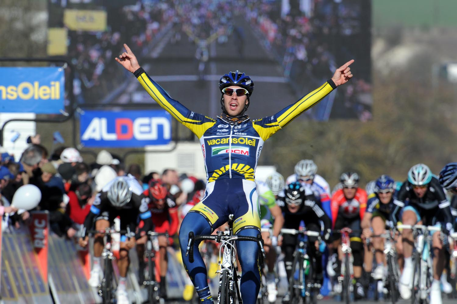 Thomas De Gendt wins, Paris-Nice 2011, stage one
