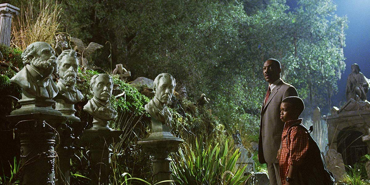Singing Busts with Eddie Murphy in The Haunted Mansion