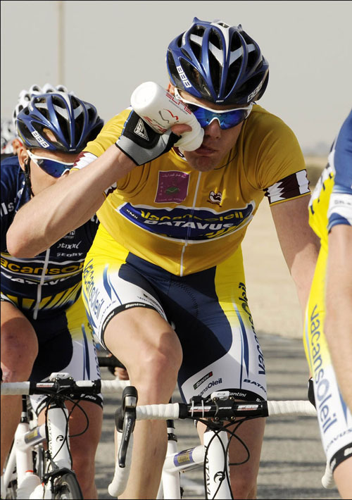 Wouter Mol leads the race, Tour of Qatar 2010, stage 4