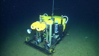 mbari-seafloor-rover-record