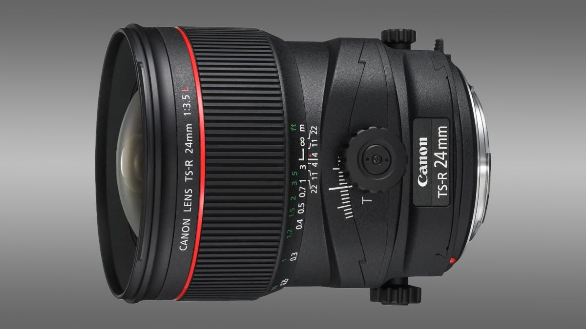 Canon to launch world's first autofocus tilt-shift lenses (report)