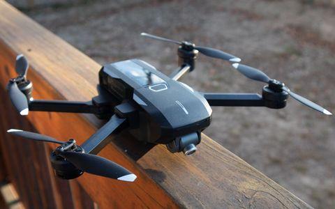Yuneec Mantis Q Drone Review: Voice Controls Aren't Enough
