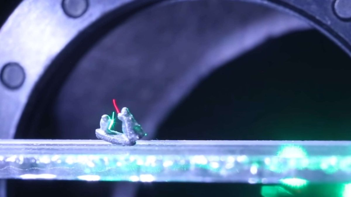Optical trap technology puts us one step closer to real-life lightsabers