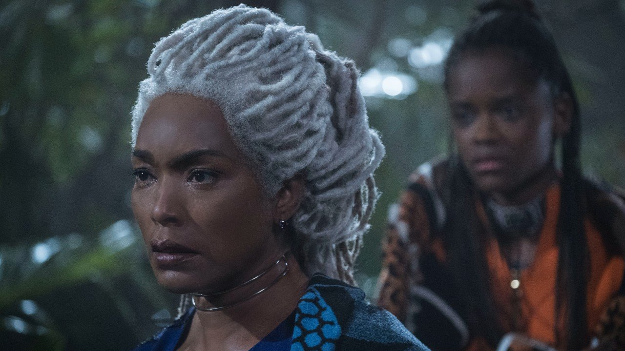 Black Panther's Angela Bassett Gives Update After Letitia Wright's Wakanda Forever Injury