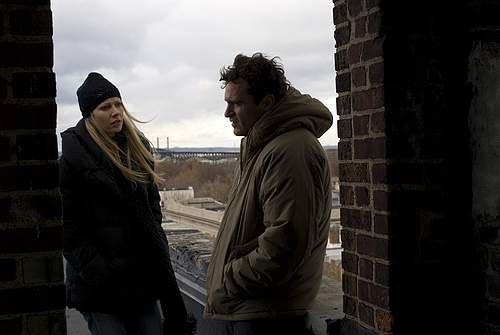 Two Lovers - Gwyneth Paltrow & Joaquin Phoenix star in James Gray's romantic melodrama