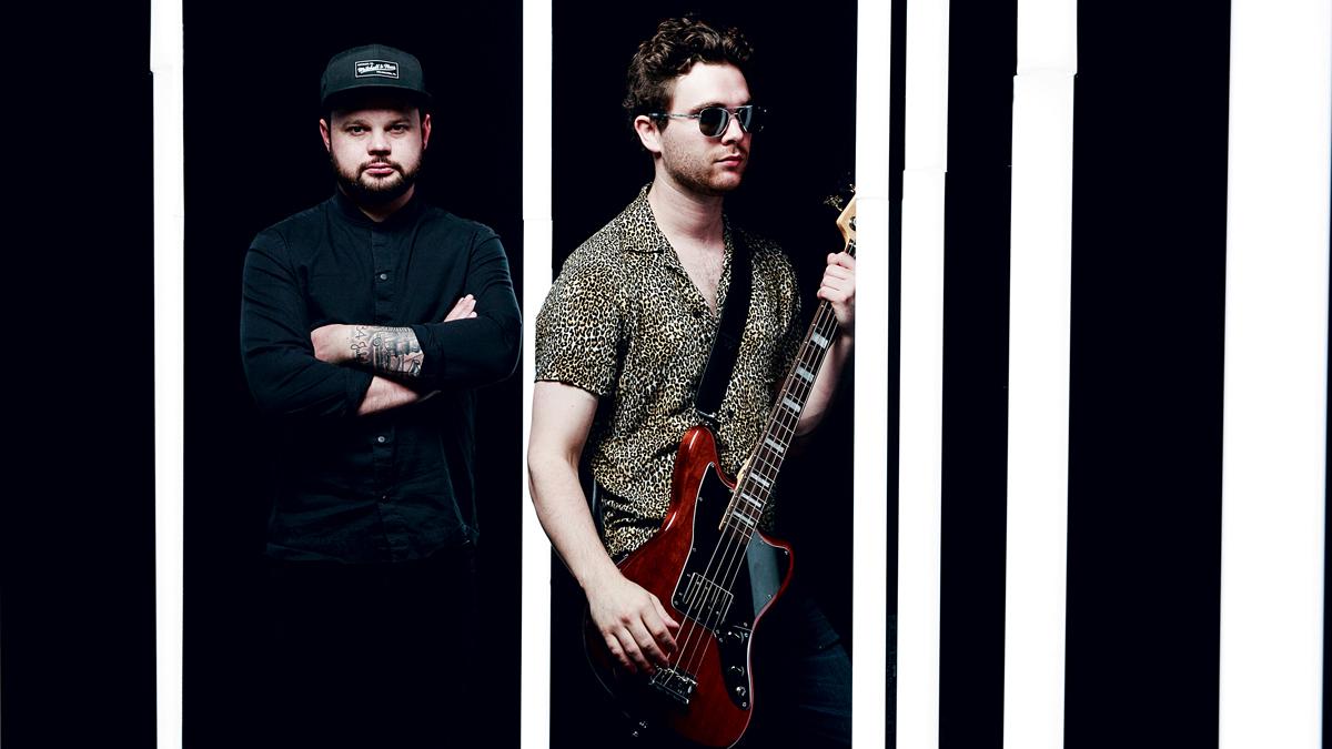 Des ragers hip-hop solo aux duos country envoûtants: voici les morceaux de guitare incontournables de cette semaine