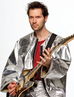 Paul Gilbert Discusses the Art of Shred Guitar
