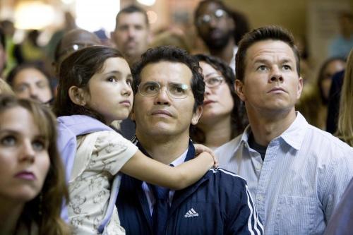 The Happening - Ashlyn Sanchez, John Leguizamo & Mark Wahlberg