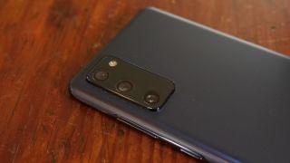 Samsung Galaxy S20 FE smartphone
