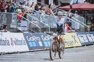 Leona Lecomte takes the win