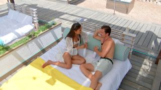 Love Island 2021 - Priya and Brett have a heart to heart on the daybed