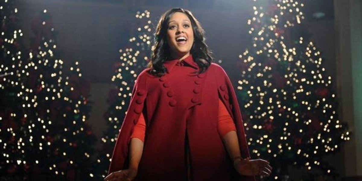 Tia Mowry in The Mistle-Tones