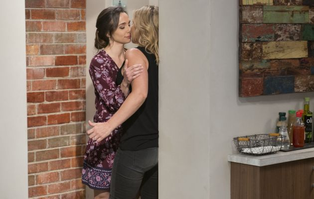 Steph in Neighbours