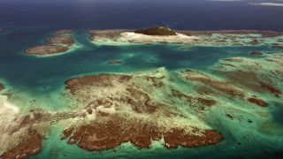 The New Caledonia Barrier Reef is the second-longest double-barrier coral reef in the world, reaching a length of 1,500 kilometers.