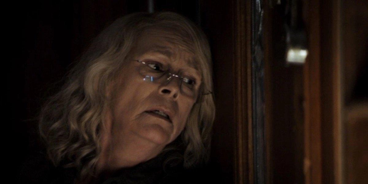 Halloween Kills: Jamie Lee Curtis Looks Beat Up As Laurie Returns