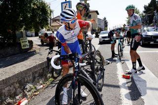 Vuelta Espana 2021 - 76th Edition - 16th stage Laredo - Santa Cruz de Bezana 180 km - 31/08/2021 - Crash - Injury - Rudy Molard (FRA - Groupama - FDJ) - photo Luis Angel Gomez/BettiniPhoto©2021