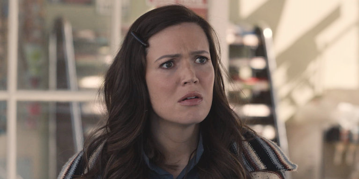 mandy moore's beth looking shocked on this is us