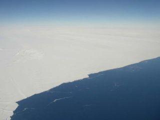 pine-island-glacier-100625-02