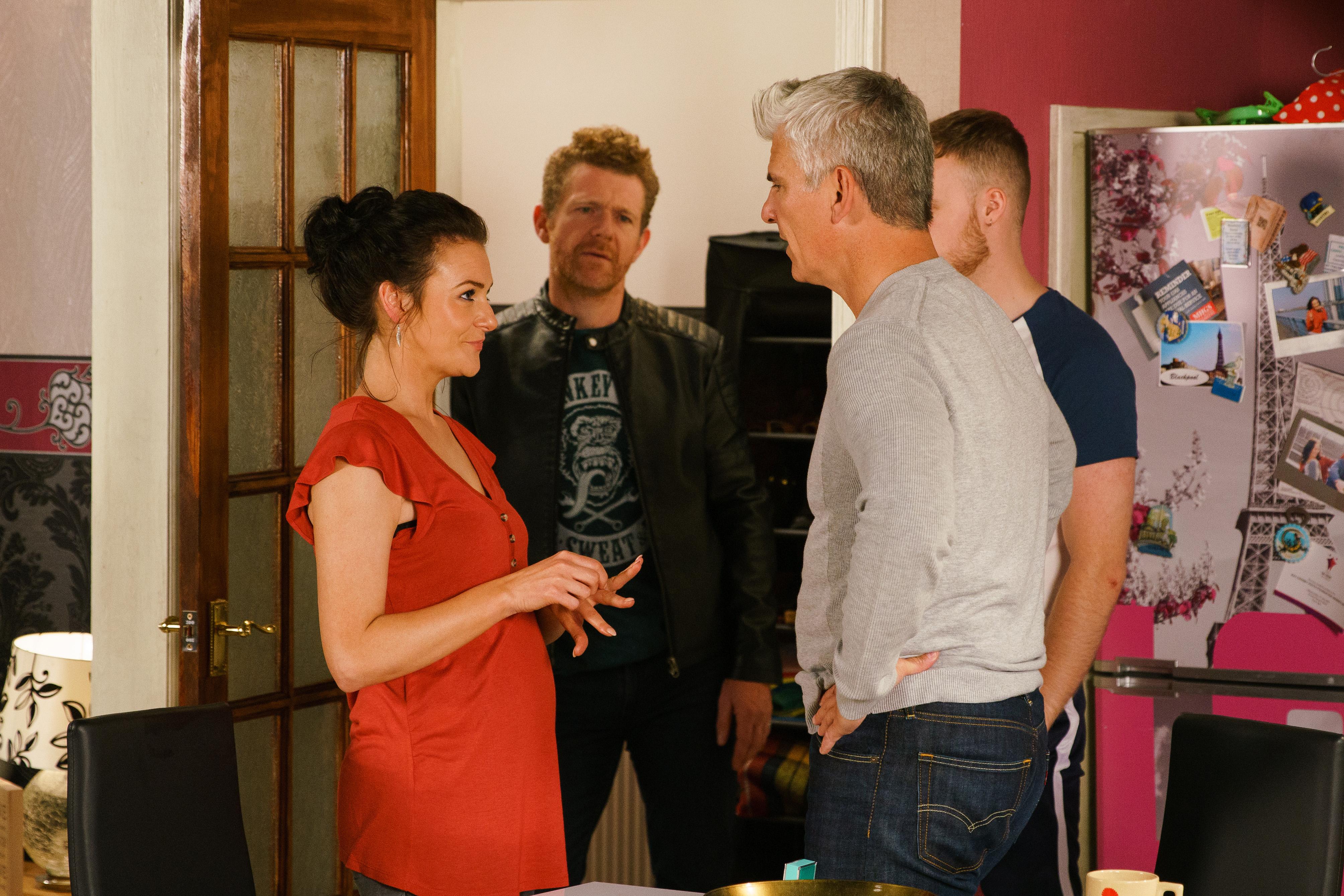 Glen originalmente audicionó para el papel del ex Jed de Vicky en Coronation Street.