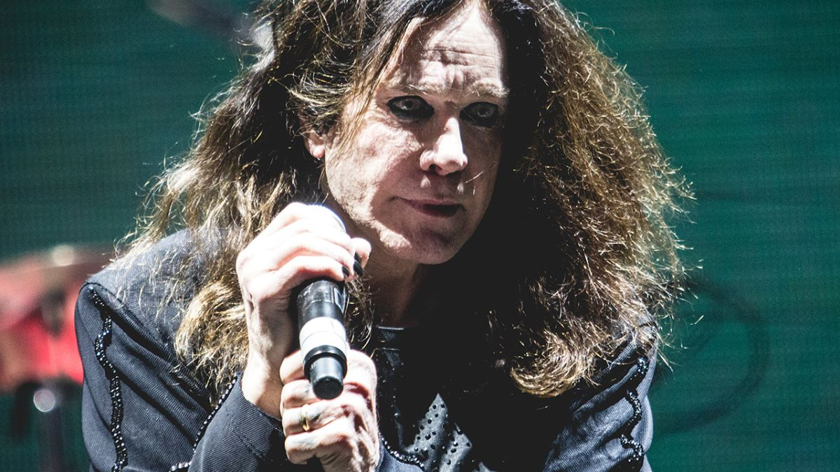 Ozzy thanks fans for messages of support following his Parkinson's diagnosis
