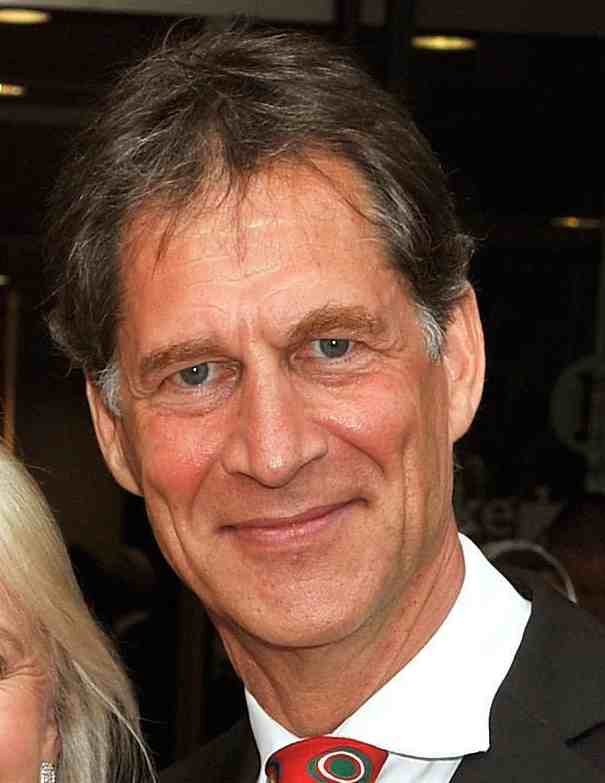 simon maccorkindale cancer