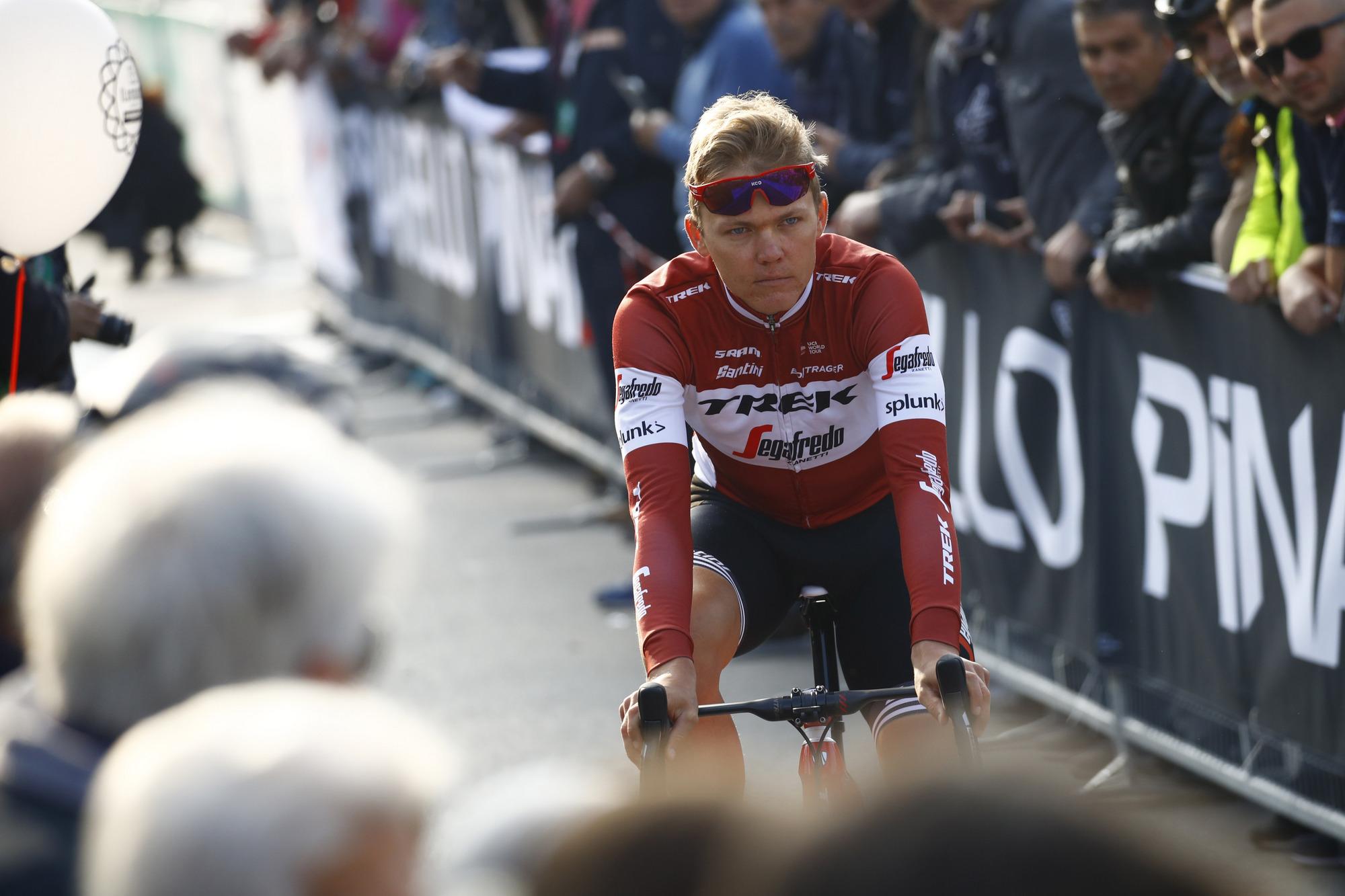 Latvian champion Toms Skujins (Trek-Segafredo) is part of the early break at Il Lombardia.