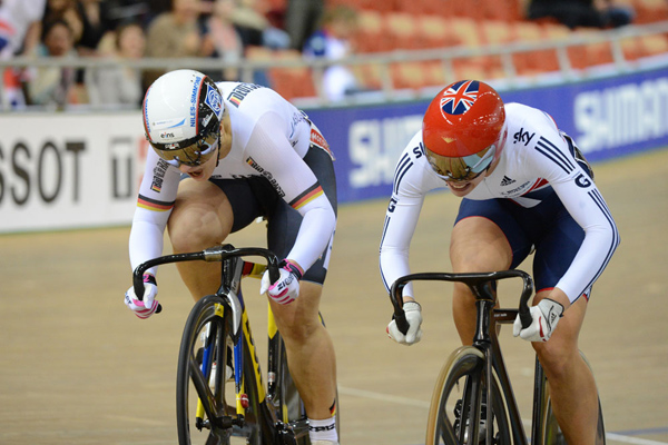 Becky James Kristina Vogel sprint final 2013 track cycling world championships.jpg