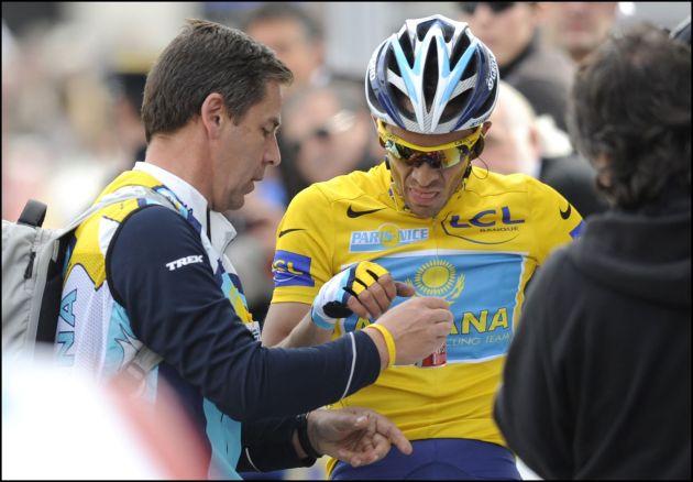 Alberto Contador at the finish