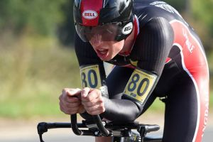 Ryan Perry pips Matt Bottrill to National 25-mile time trial win